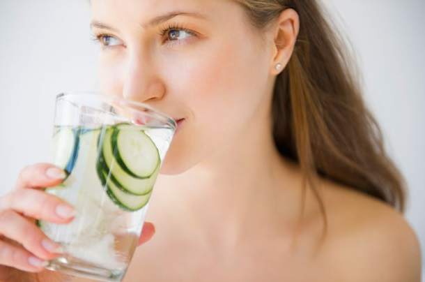 Health-Benefits-and-Reasons-Why-You-Need-Cucumber-Everyday 1